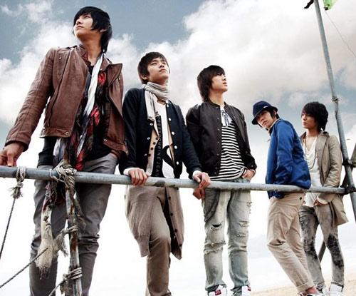Nhóm nhạc nam lùn nhất K-Pop - 5