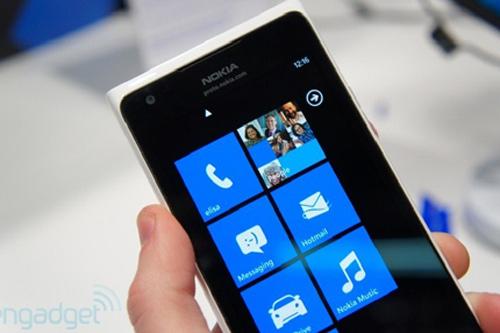 Nokia Lumia 900 LTE: Thất vọng giá - 8