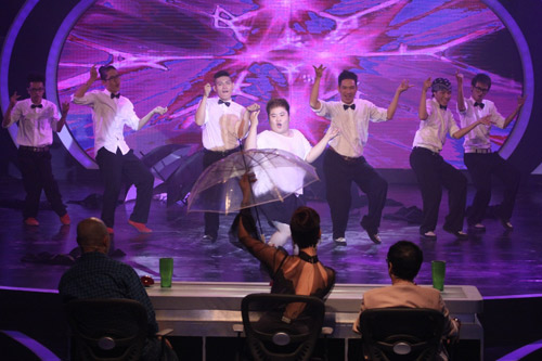 Bán kết Talent: Chưa thỏa chờ mong!, Sao ngoại-sao nội, Ca nhạc - MTV, vietnams got talent, vong ban ket, vo trong phuc, my anh, nhom ngau hung, nhom dong thoi gian, thuy hanh, huy tuan, thanh loc