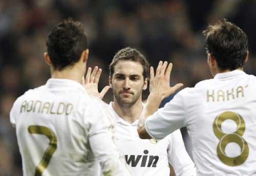 Real: Dằn mặt người Catalan - 2