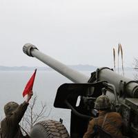 Cận cảnh Triều Tiên tập trận bắn đạn thật