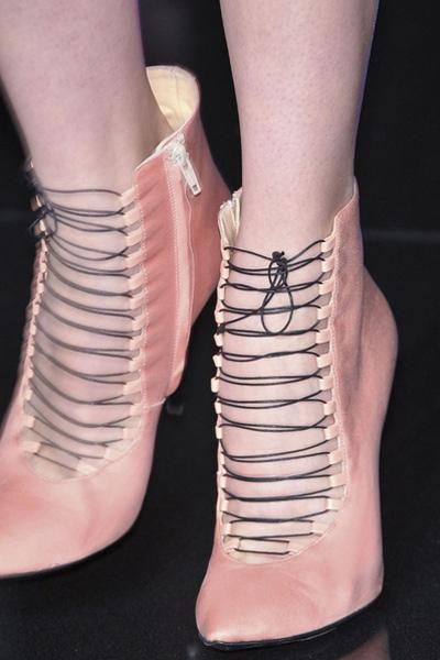 Những đôi giầy phải chiêm ngưỡng ở Milan - 10