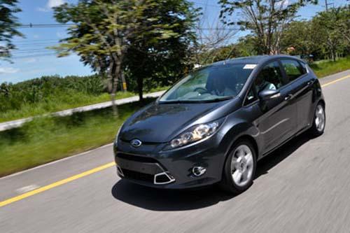 Kinh nghiệm lái xe: 5,8 lít xăng/100km - 1
