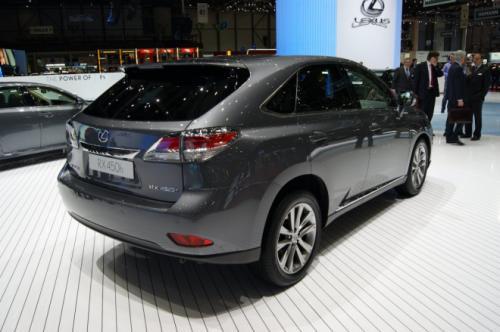 Lexus RX 2013: Sang trọng mà tiện dụng - 5
