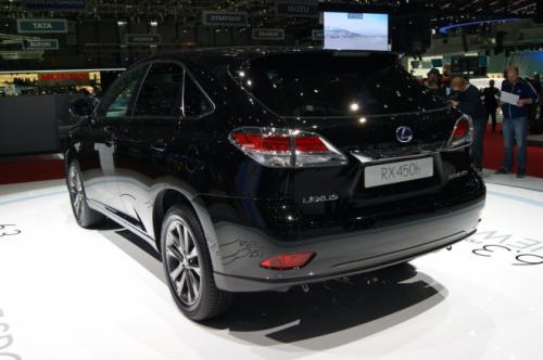 Lexus RX 2013: Sang trọng mà tiện dụng - 6