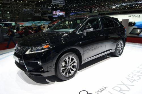 Lexus RX 2013: Sang trọng mà tiện dụng - 7