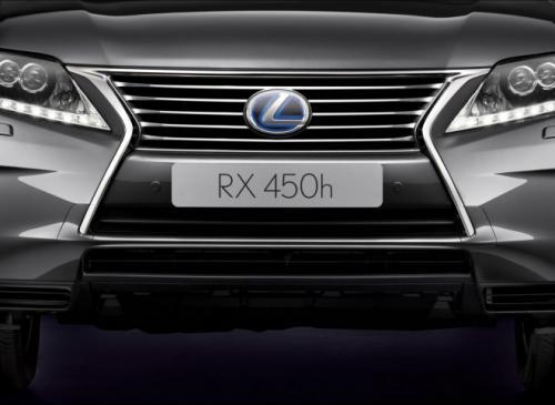 Lexus RX 2013: Sang trọng mà tiện dụng - 12