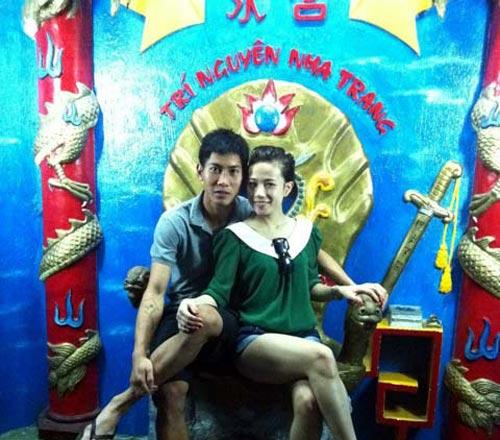 Một nửa gợi cảm của cầu thủ Việt - 2