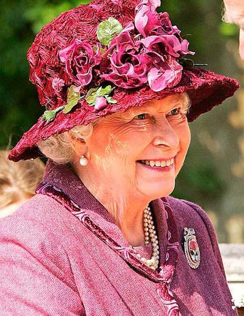 Nữ hoàng Anh: 86 tuổi vẫn sành điệu - 18