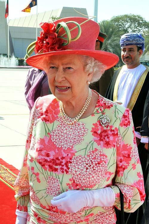 Nữ hoàng Anh: 86 tuổi vẫn sành điệu - 26