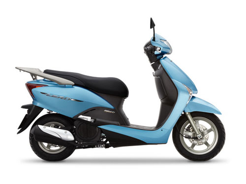 Xe tay ga mới đổ bộ thị trường Việt - 2