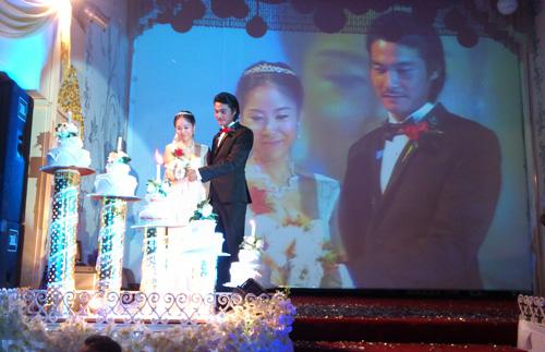 Cận cảnh đám cưới Quách Ngọc Ngoan - 5