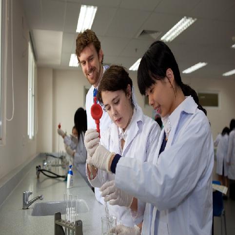 Học bổng toàn phần bậc trung học trường Quốc tế Úc - 1