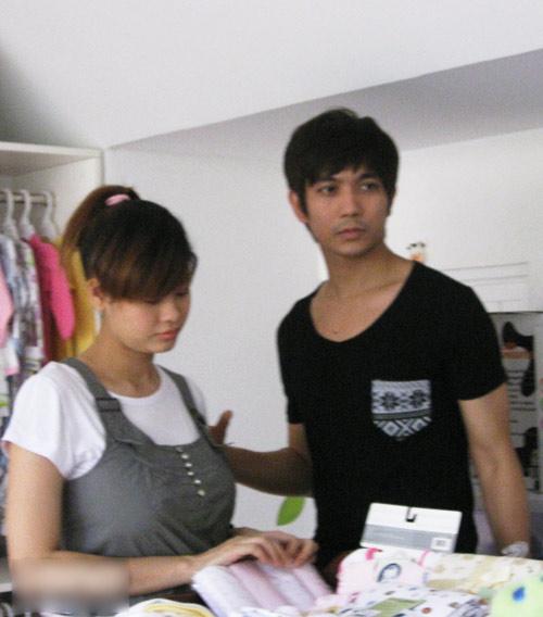 Tim đưa Quỳnh Anh đi mua đồ em bé - 5