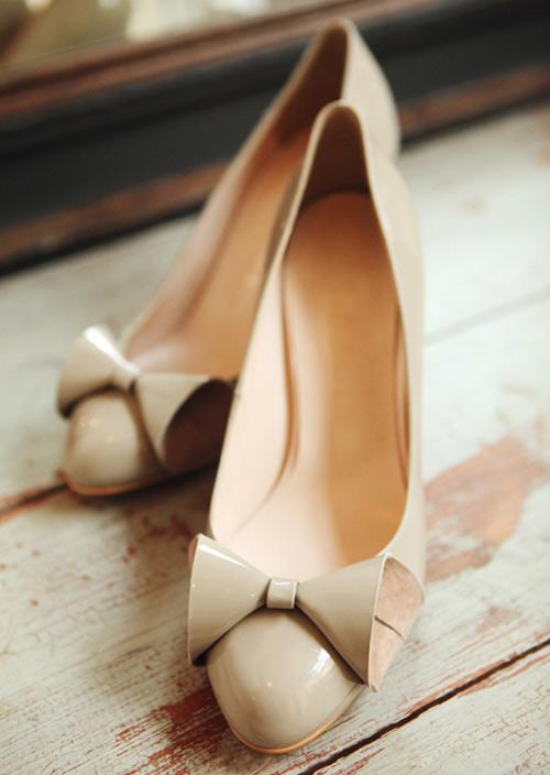 Cách đi giày màu nude đẹp & sexy - 1