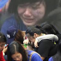 Fan Việt nức nở vì đón hụt sao Hàn