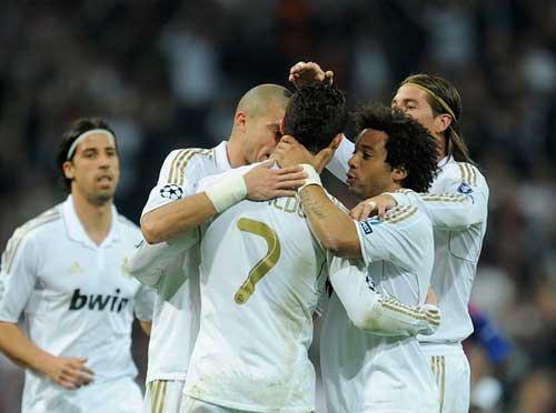 "Real Madrid: Giấc mơ ""Decima"" - 1"