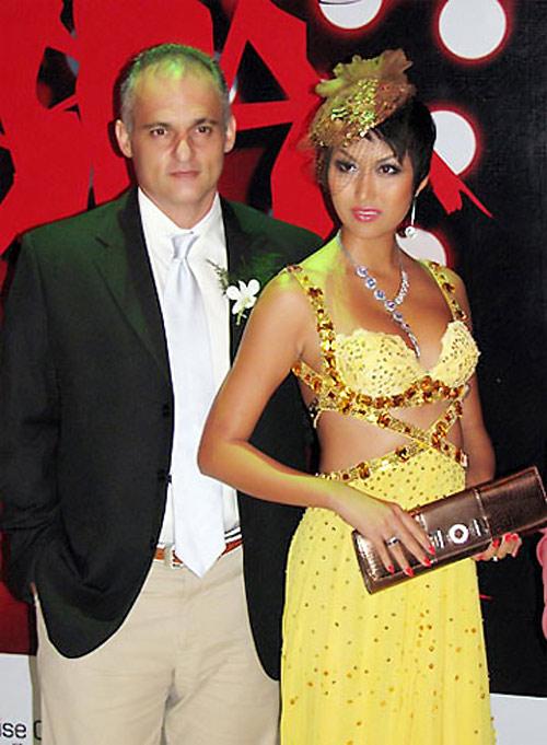 Sao Việt mặc váy đính đá... vô tội vạ - 15