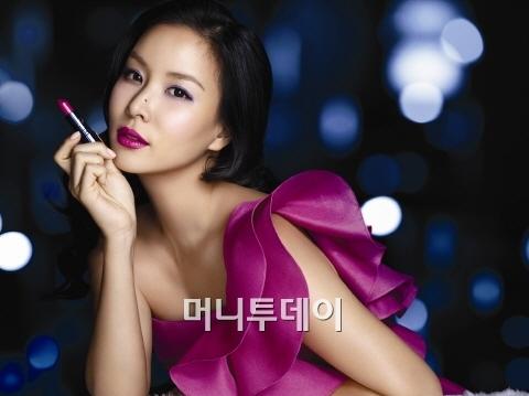 1331957709 kosoyoun Vì đâu mỹ nhân Hàn luôn rạng ngời?