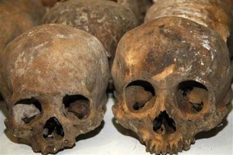 Phát hiện nghĩa địa 1.200 năm của người Maya - 1