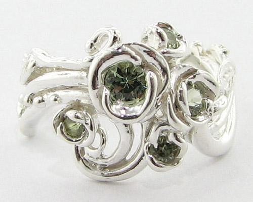Tô điểm tay bằng nhẫn hoa hồng - 18