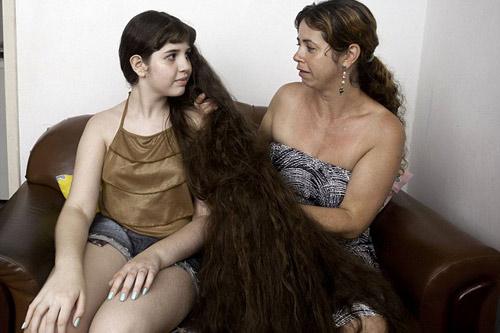 Cô gái và mái tóc dài gần chạm gót - 8