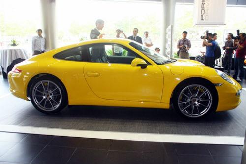 Mê mẩn xe thể thao mới của Porsche tại Việt Nam - 2