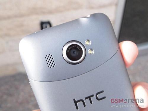 HTC Titan II và Lumia 900 lên kệ ngày 8/4 - 4