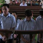 An ninh Xã hội - 3 anh em rủ nhau hiếp dâm bé gái 12 tuổi