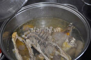 Xuýt xoa món canh gà khoai lang - 2