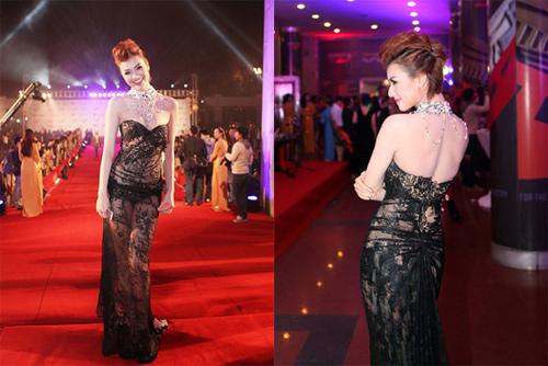 """Top váy """"nguy hiểm"""" năm 2012 của mỹ nhân - 1"""