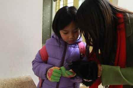 Hàng ngàn HS Hà Nội nghỉ học vì rét - 2