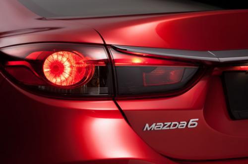 Công bố giá Mazda 6 phiên bản 2014 - 3