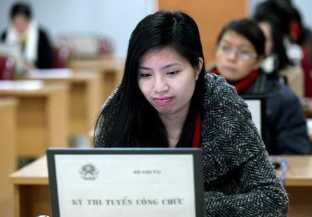 Hơn 300 thí sinh thi trực tuyến vào Bộ Nội vụ - 3