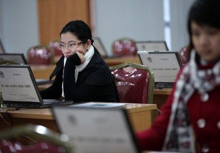 Hơn 300 thí sinh thi trực tuyến vào Bộ Nội vụ - 6