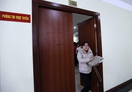 Hơn 300 thí sinh thi trực tuyến vào Bộ Nội vụ - 8