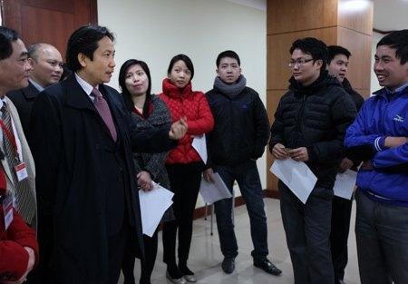 Hơn 300 thí sinh thi trực tuyến vào Bộ Nội vụ - 9