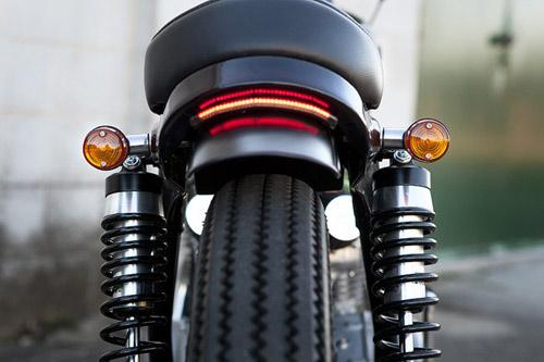 Honda CB350: Nhỏ nhưng chất - 12
