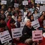 Tin tức trong ngày - Ấn Độ: Máu nạn nhân ở quần áo 5 kẻ hiếp dâm