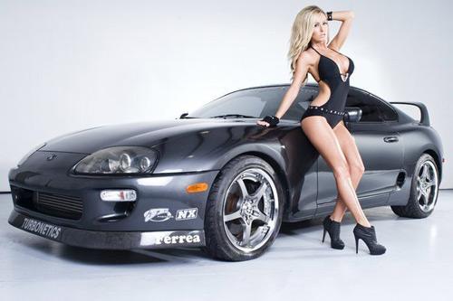 Mẫu Playboy mất cắp siêu xe 1.165 mã lực - 3