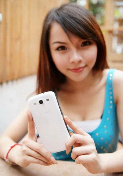 Điện thoai SS Galaxy S3 Đài Loan cháy hàng - 4