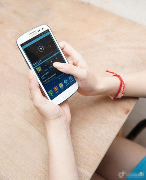 Điện thoai SS Galaxy S3 Đài Loan cháy hàng - 5