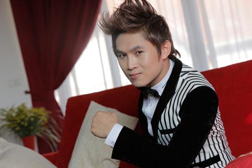 Du Thiên đạt giải ca sỹ xuất sắc nhất 2012 - 2