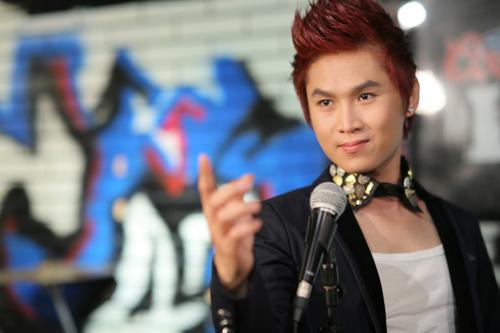 Du Thiên đạt giải ca sỹ xuất sắc nhất 2012 - 6