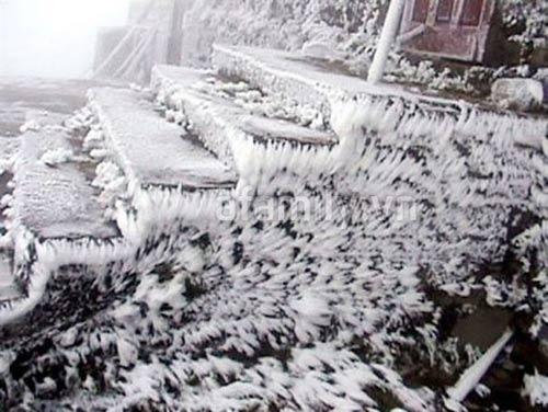 4 địa điểm có băng tuyết tuyệt đẹp ở Việt Nam - 5