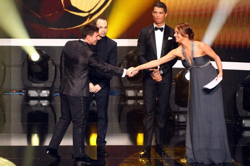 QBV FIFA 2012: Huyền thoại Messi - 1