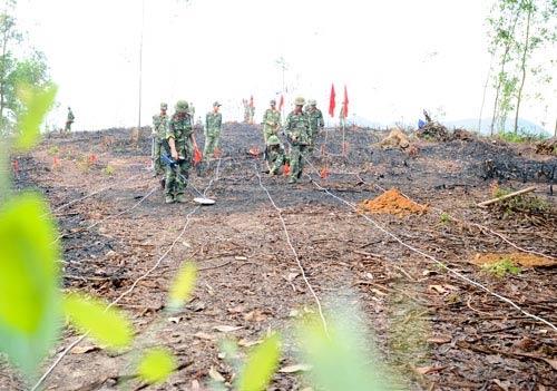 Chùm ảnh: Những người lính rà phá bom mìn - 1