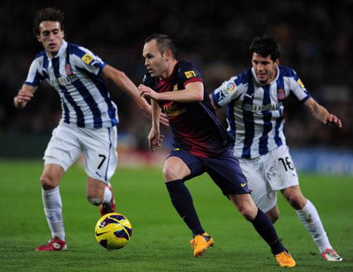 QBV FIFA 2012: Tiếc cho Iniesta - 1