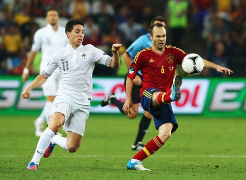 QBV FIFA 2012: Tiếc cho Iniesta - 2