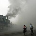 """Tin tức trong ngày - Không khí ô nhiễm làm phụ nữ """"ngu"""" đi"""